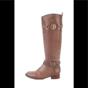 Tory Burch boots 🦋🦋🦋🦋🦋🦋🦋